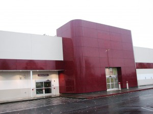 Another empty everett wa big box store gets a tenant for Furniture in everett wa