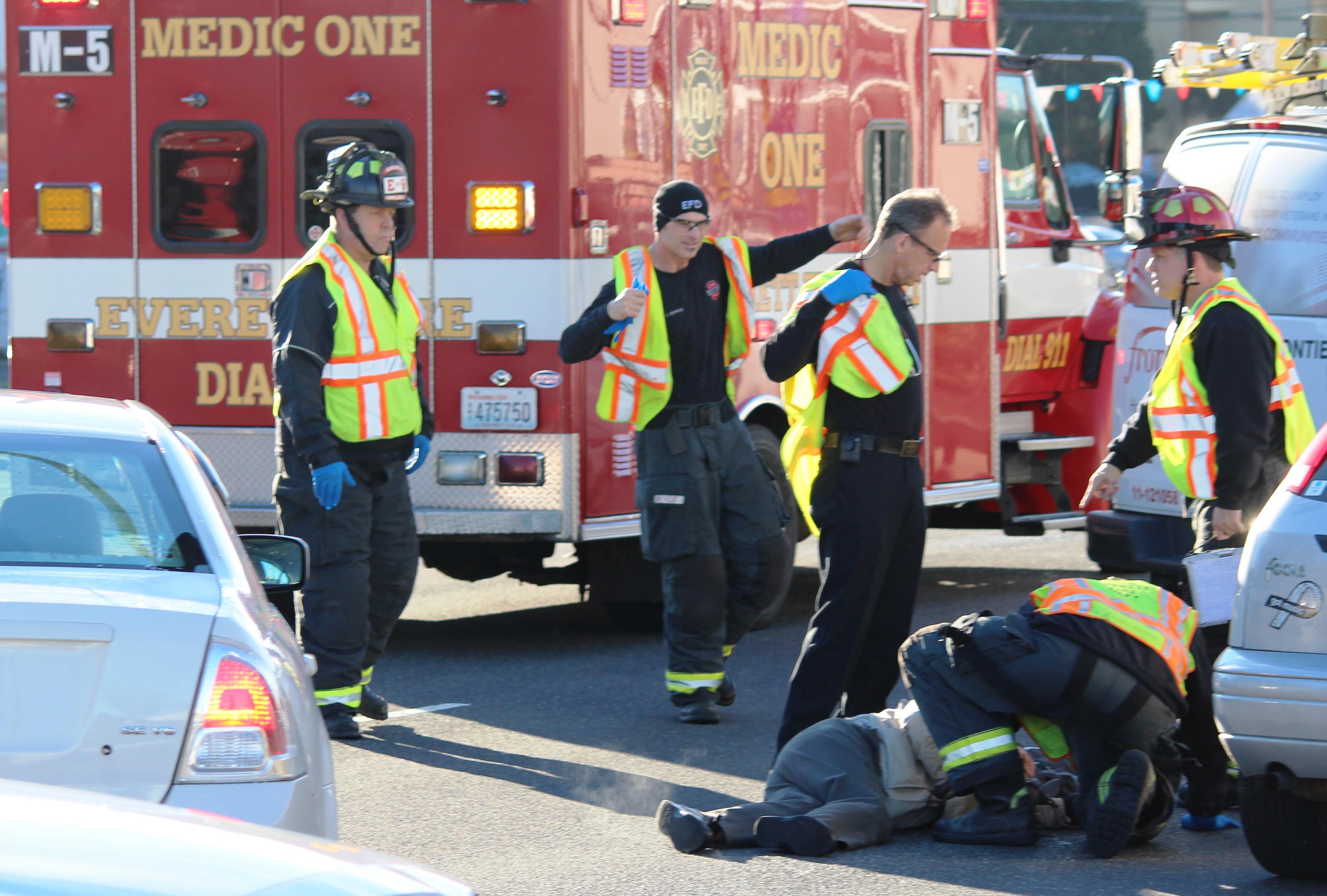 Car Pedestrian Crash At 86th And Evergreen Way