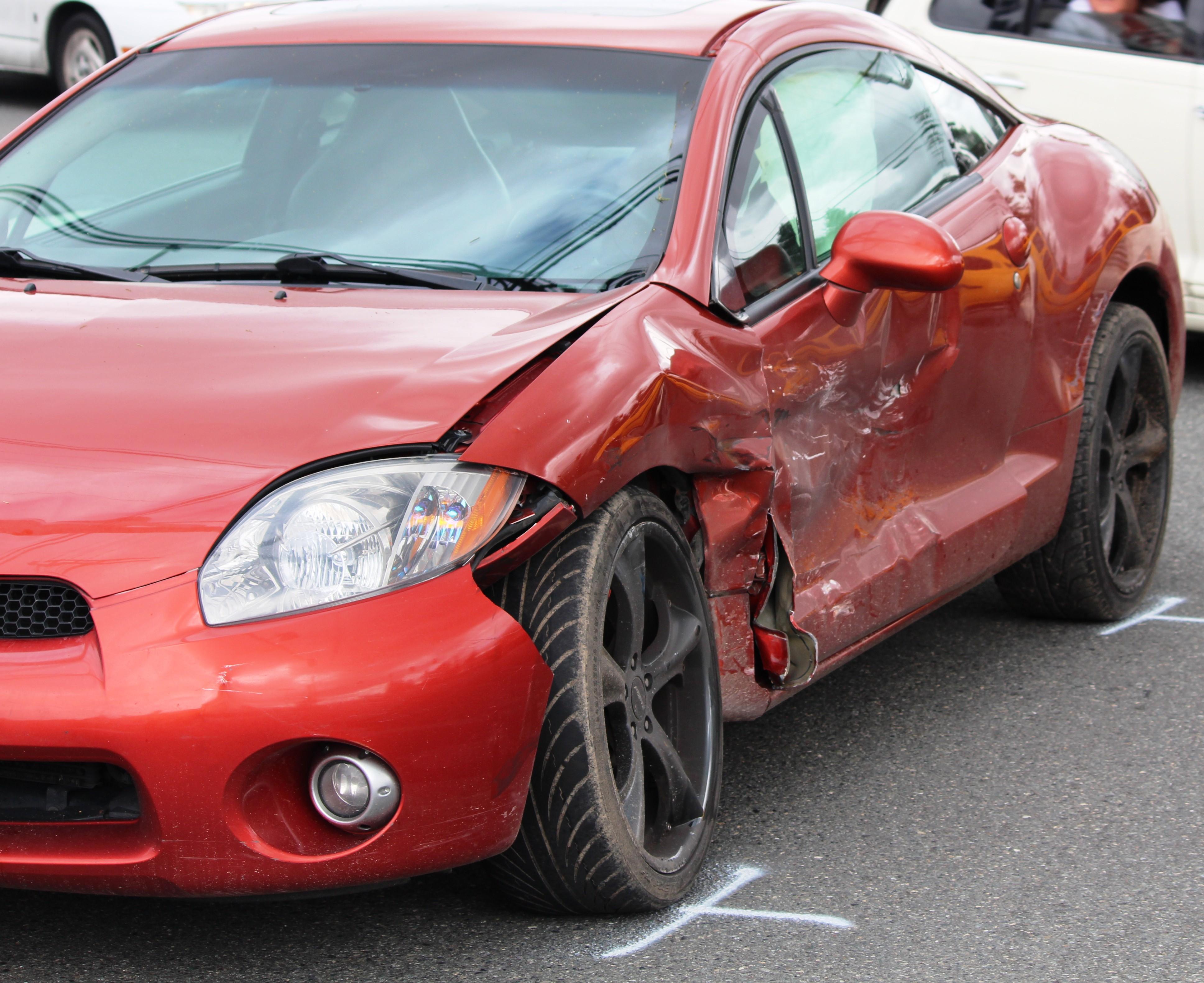 Car Crash Call Police