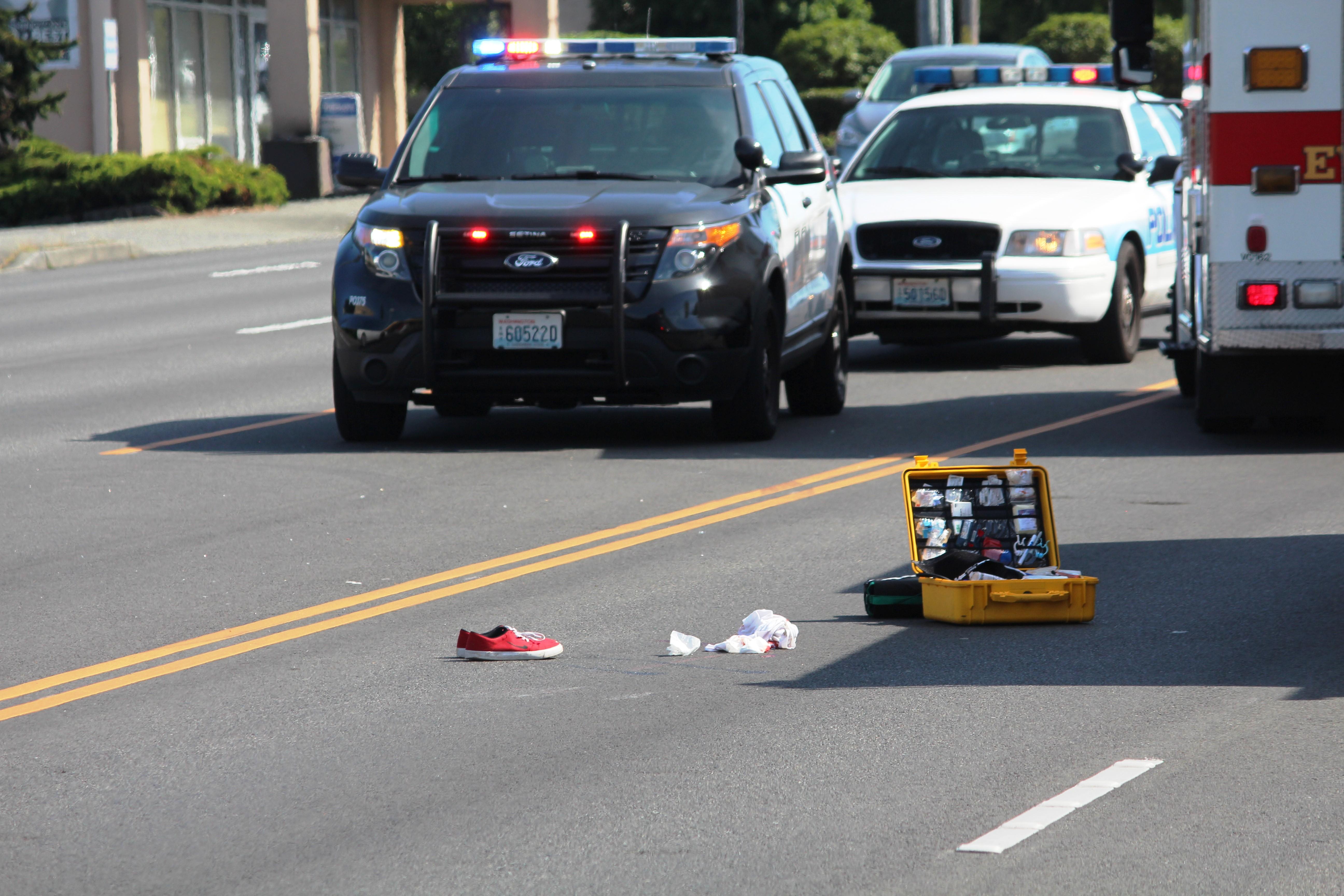 Car Pedestrian Crash Shuts Evergreen Way