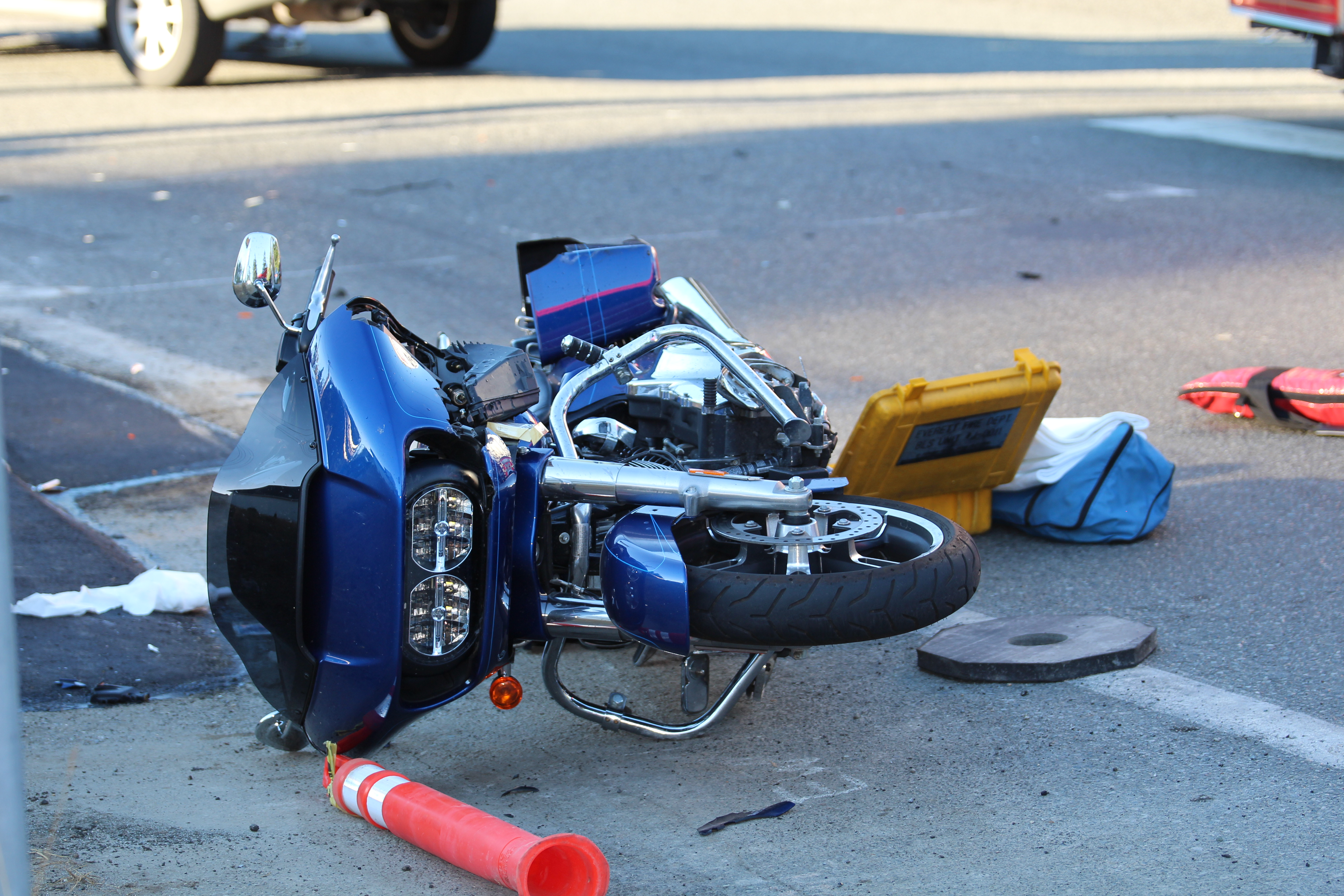 Two Hurt In Car Vs Motorcycle Crash At 52nd And Broadway