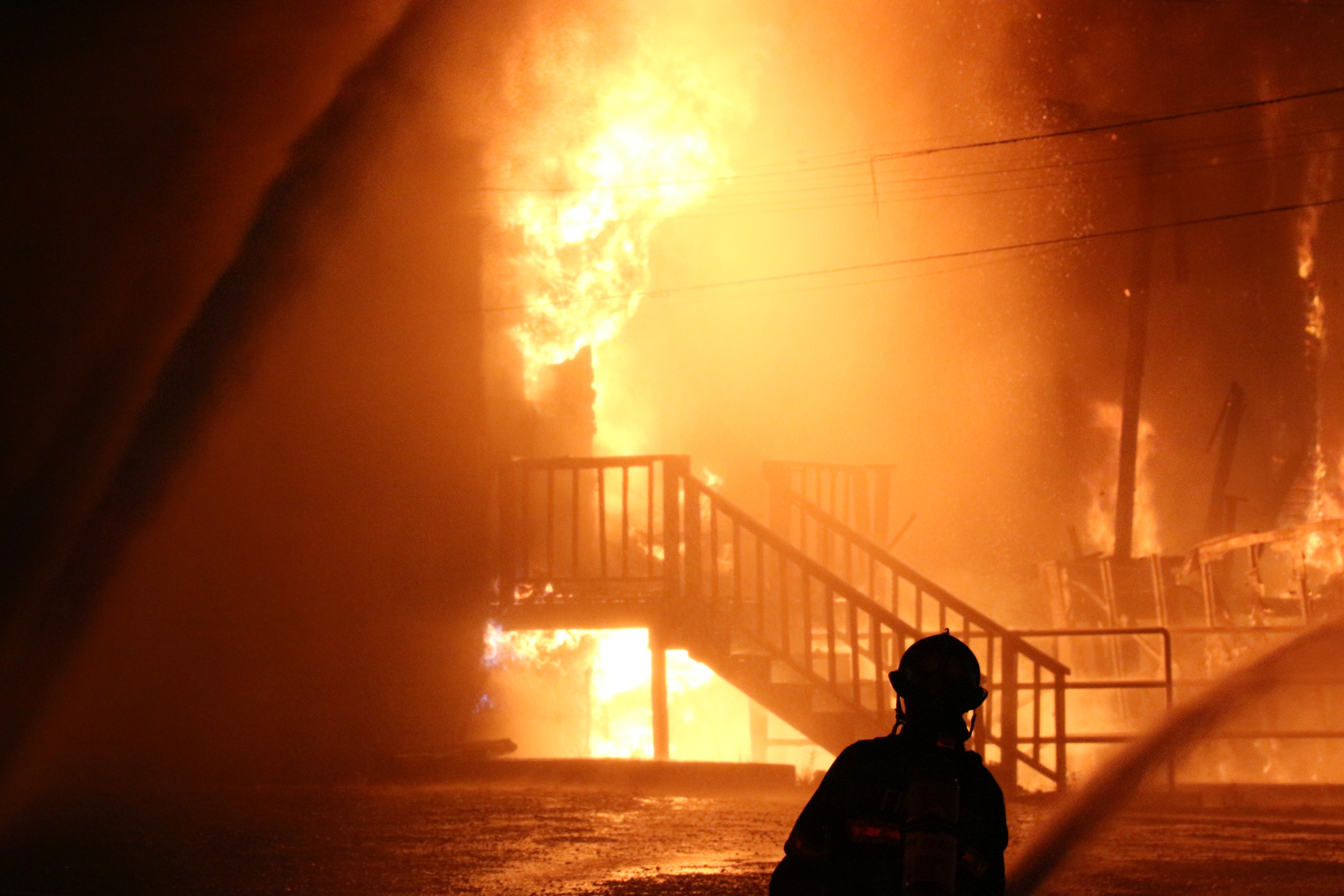 Everett Office Furniture Building Destroyed In 3 Alarm Fire
